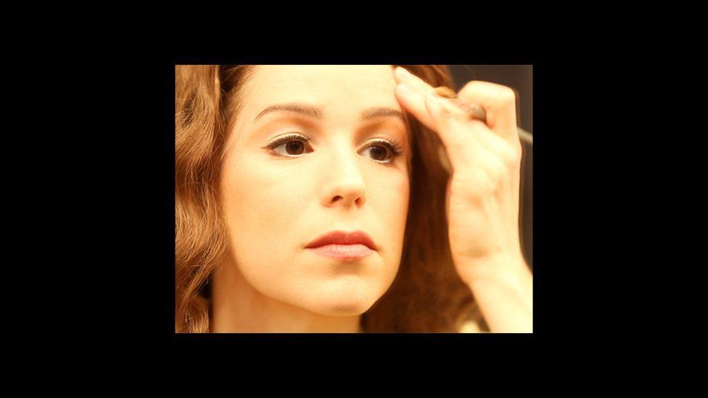 VS - Beautiful - Chilina Kennedy - wide - 4/15