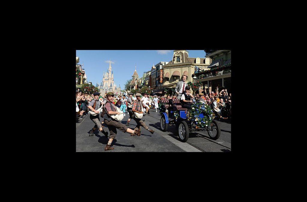 Hot Shot - Neil Patrick Harris - Newsies - Disney - wide - 12/13
