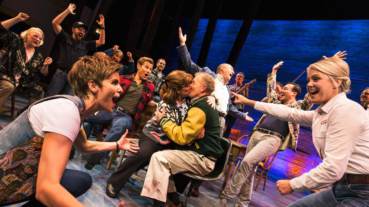 National Tour Show Photos - Come From Away - 1/18 - Photo: Matthew Murphy